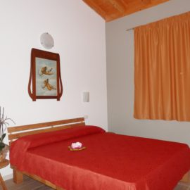 Posteghe two-room apartment | Agriturismo Fioralba Lake Garda